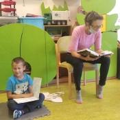 Zaczytany tydzień Żabek z mamą Jerzyka i Natalki
